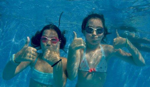 piscina colonias villanúa
